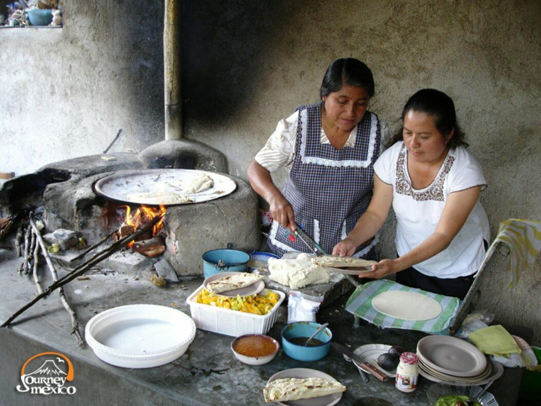 De Mexicaanse keuken en in het bijzonder die van Indiaans Oaxaca is wereldberoemd en uitgeroepen tot UNESCO erfgoed.