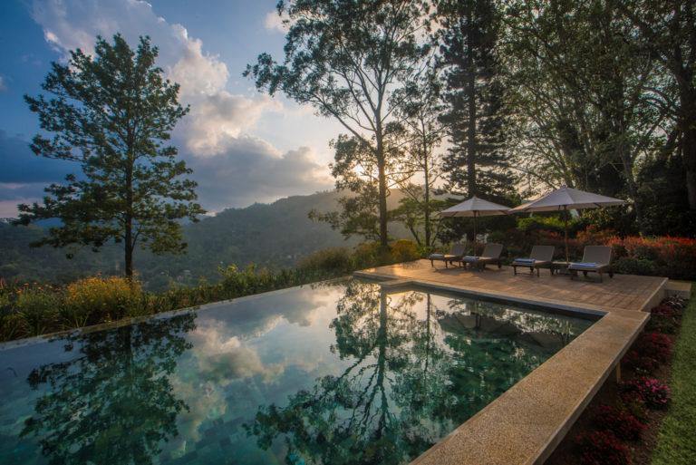 Sri Lanka reizen, Nine Skies